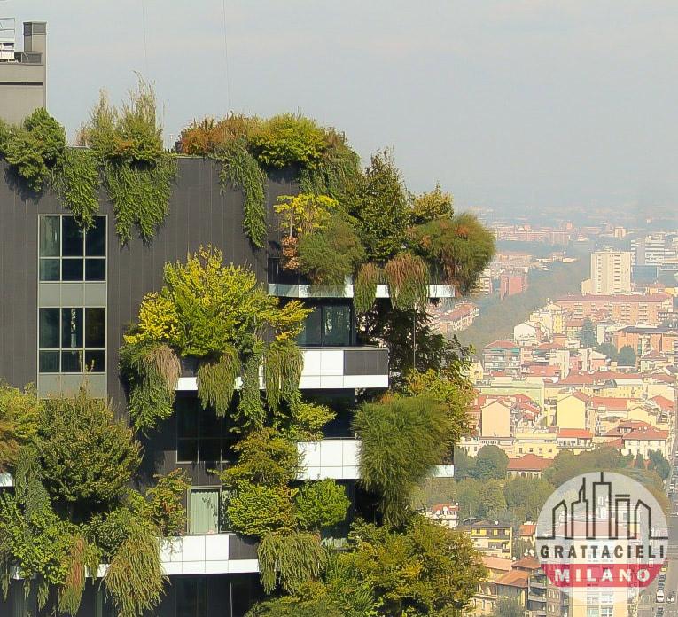 Bosco Verticale - Veduta ravvicinata dei piani alti. Photo ©2019 by Alessandro Barberio