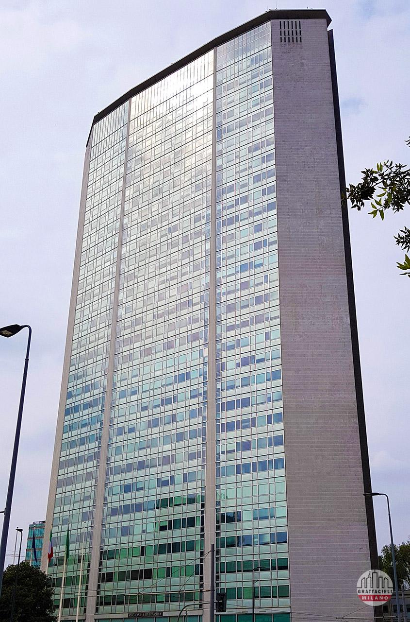 Grattacielo Pirelli - Facciata frontale. © by Demetrio Rizzo