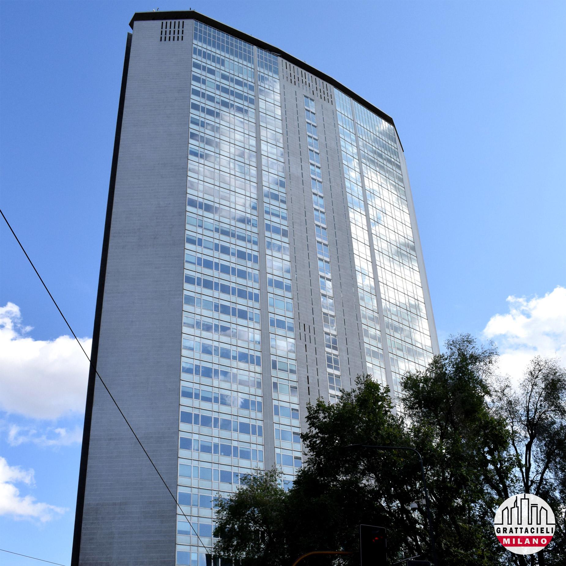 Grattacielo Pirelli - Facciata posteriore. © by Demetrio Rizzo