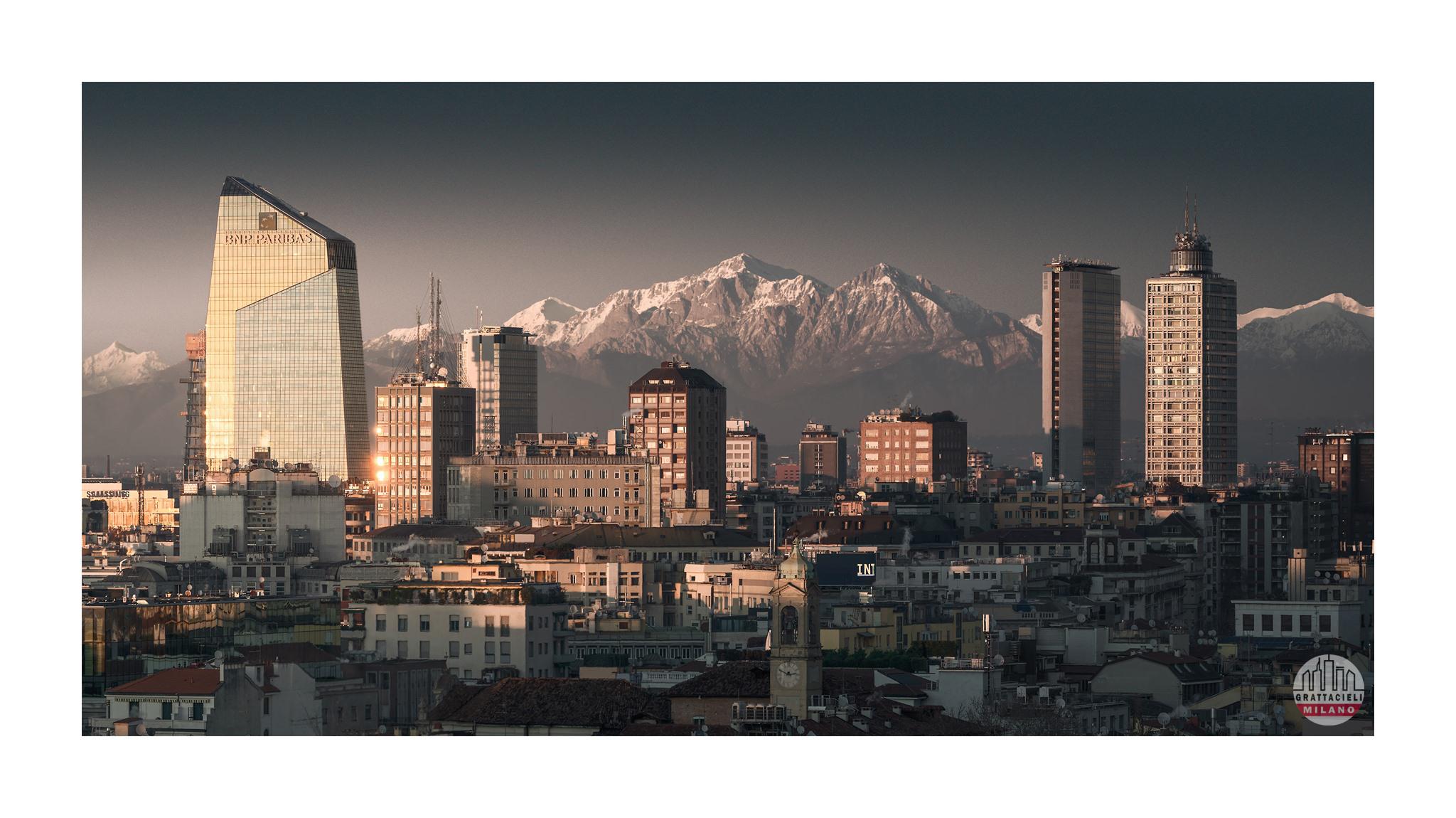 Skyline di Milano, visto dalle terrazze del Duomo - ©2019 Ludovico Balena