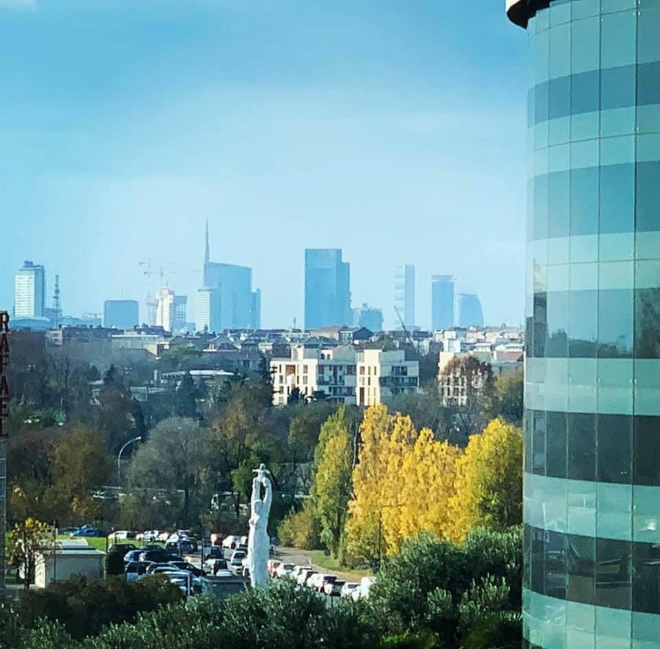 Skyline di Milano, visto dal San Raffaele - ©2019 Stefano Salvati